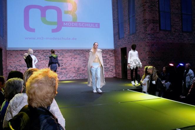 """Bei der """"This is Tomorrow""""-Show der Viertsemester von der M3 ging es um die Auseinandersetzung mit der Britischen Pop Art."""