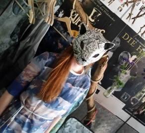 Am Stand von Franziska Füllgraf un ihrem Label Oxymoron beim Freaky Fashion Festival.