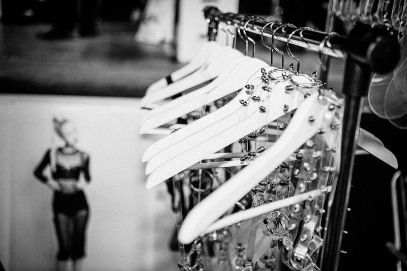 STOFFSAMMLUNG II/16 – Vom Freaky Fashion Festival bis zum Bloggermarkt feat. Aesop x PB 0110, Harald Glööckler x Channel21, Smukkett und Anna Bornhold beim Euro FashionAward